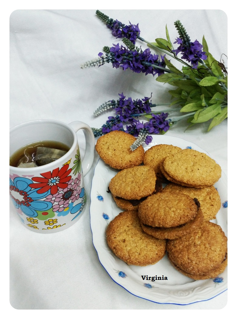 GALLETAS DE AVENA Y COCO RELLENAS DE CHOCOLATE CON Thermomix®
