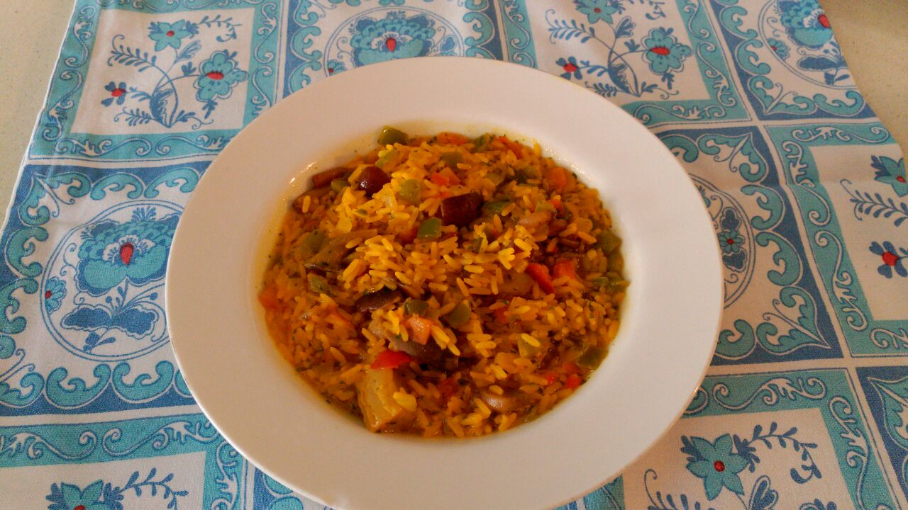 Arroz de verduras al curry.