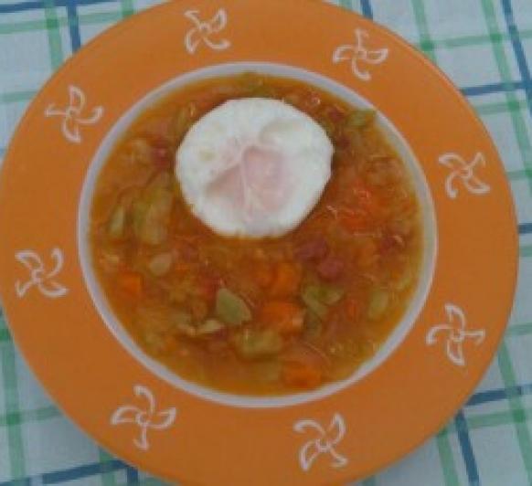 Sopa de verduras y Jamón con Huevos Poché