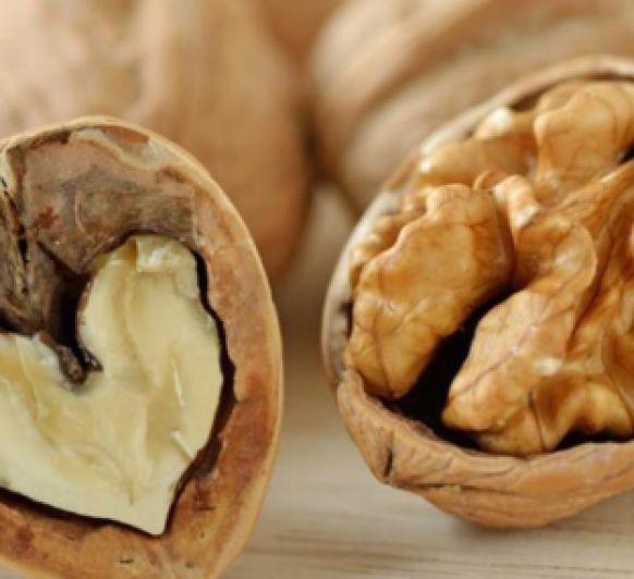 Como beneficia el consumo de nueces la salud