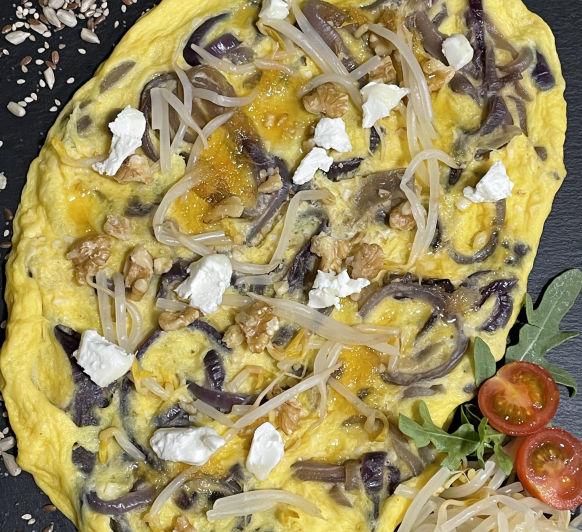 Frittata al vapor con queso de cabra y cebolla caramelizada con Thermomix®