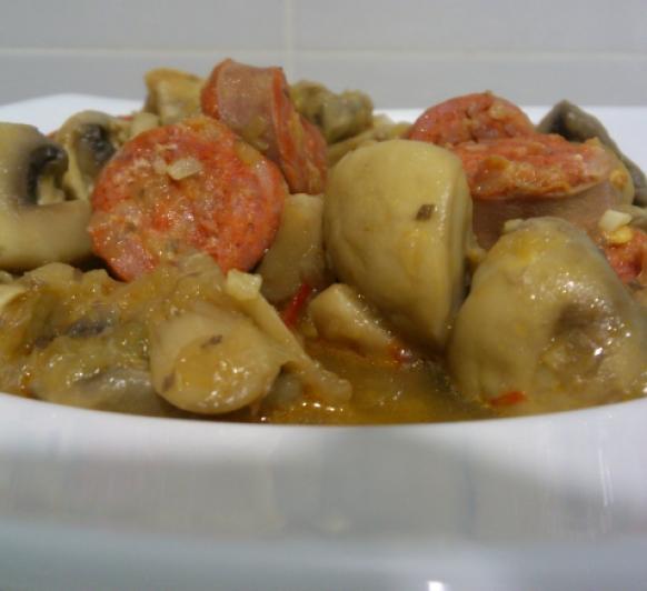 Chámpiñones con Chorizo