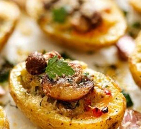 Patatas rellenas con huevo, queso y chorizo con Thermomix®
