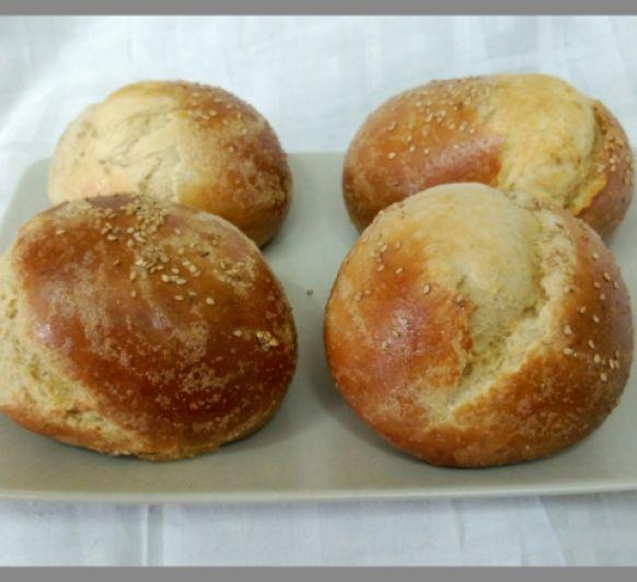 Pan para hamburguesa sin lactosa con Thermomix®
