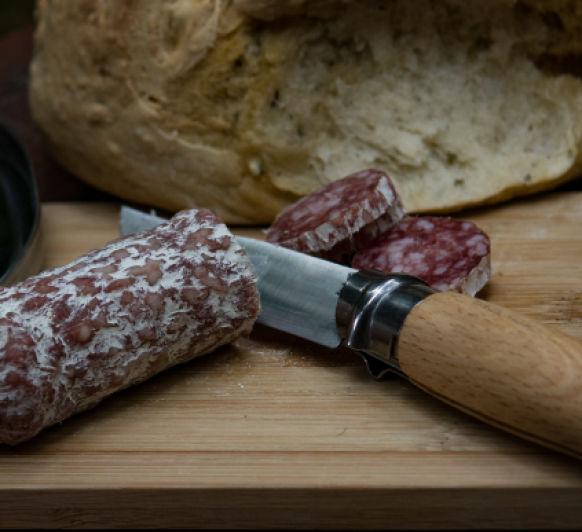 Tartar de salchichon con Thermomix®