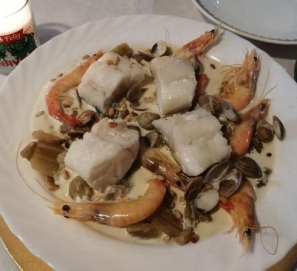 Cardo con almejas, langostinos y bacalao con Thermomix®